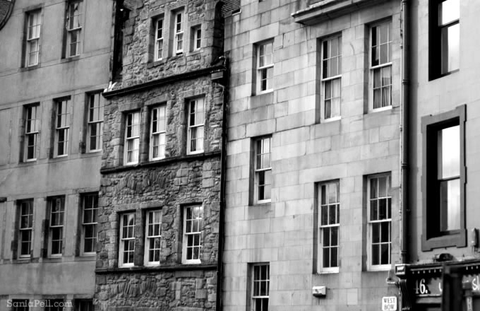 Details of Edinburgh by Sania Pell