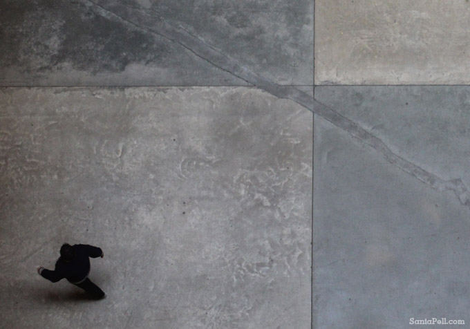 Concrete floor detail at Tate Modern by Sania Pell
