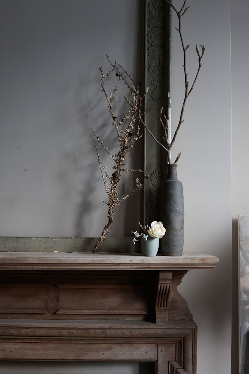 Interior stylist Sania Pell, photographer Joanna Henderson.