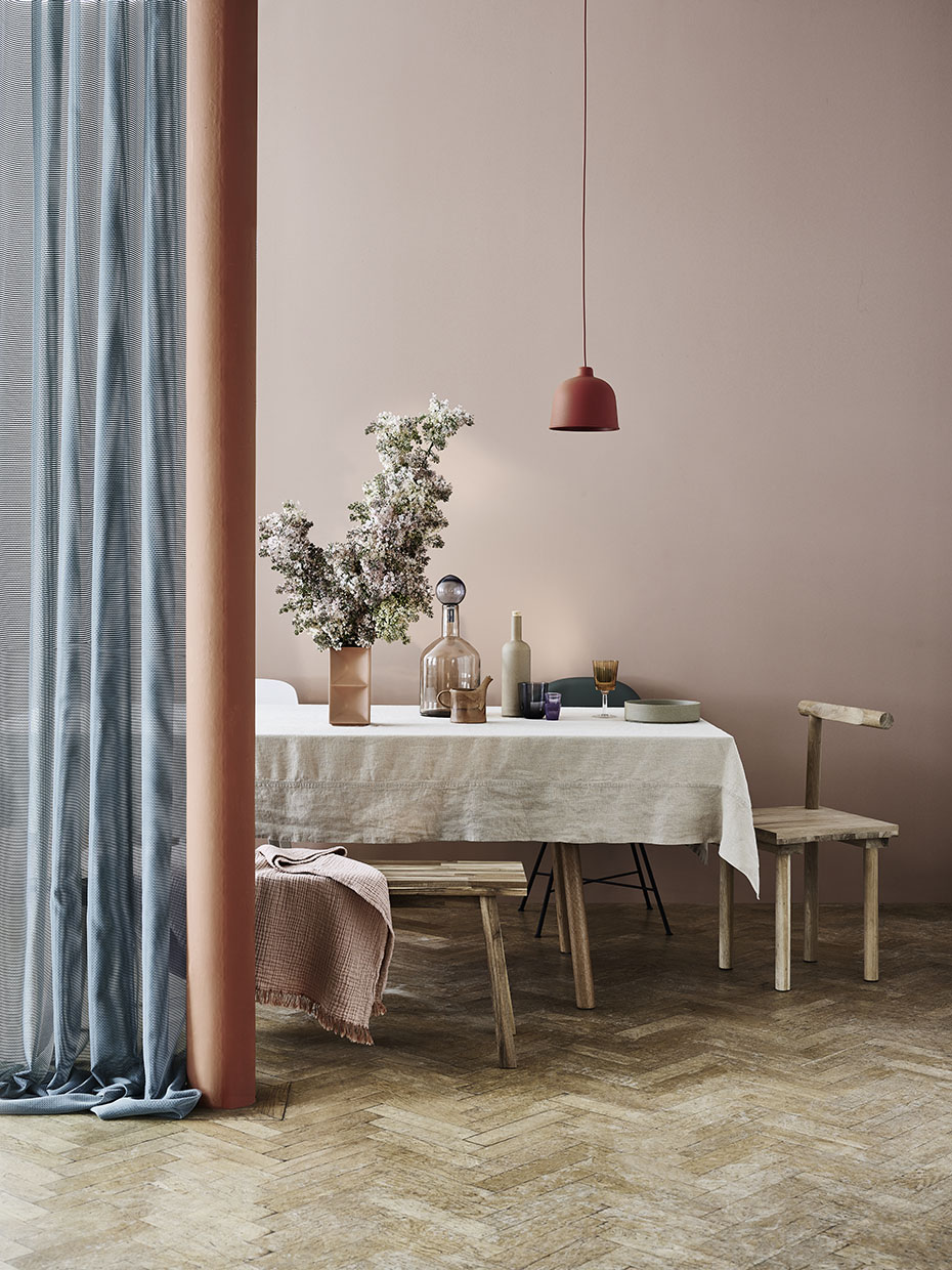Styling by Sania Pell leading interior stylist for Elle Decoration magazine, photo Jake Curtis.