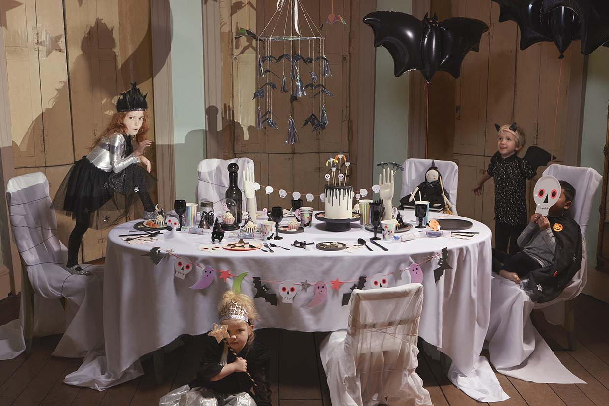 Sania Pell Stylist for Meri Meri, photographer Sandra Freij. Kids lifestyle, interiors and home. Halloween.